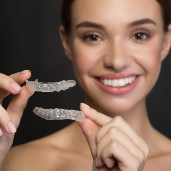 What's the Difference Between Four Leading Clear Braces Brands?